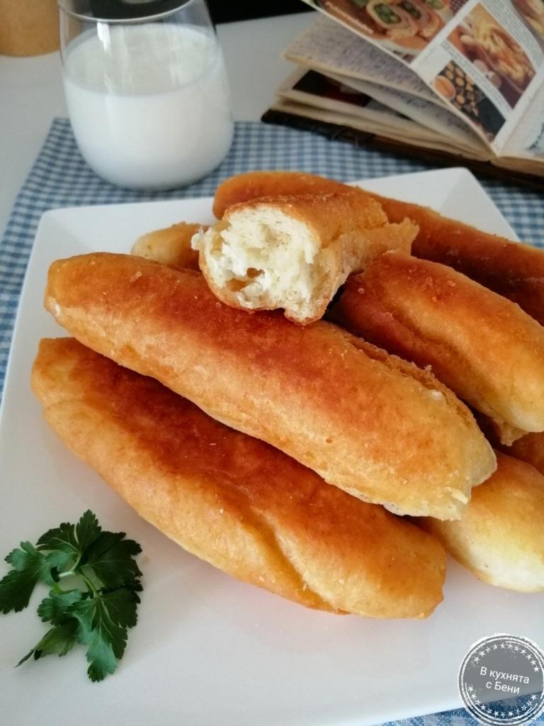 Пирожки със сирене от https://inthebeniskitchen.com/