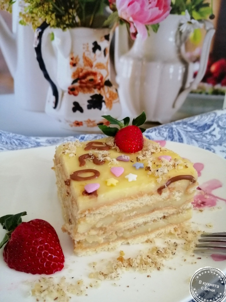 Бисквитена торта от https://inthebeniskitchen.com/
