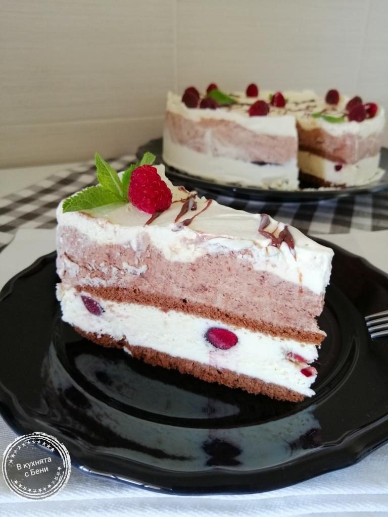 Сладоледена торта от https://inthebeniskitchen.com/