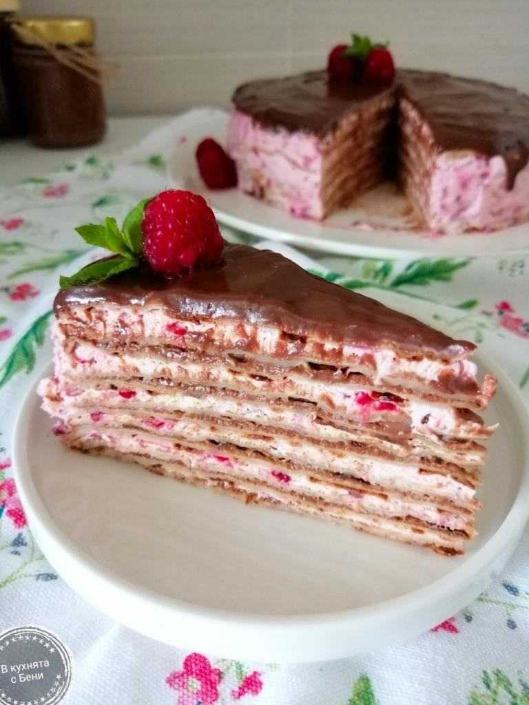 Палачинкова торта от https://inthebeniskitchen.com/