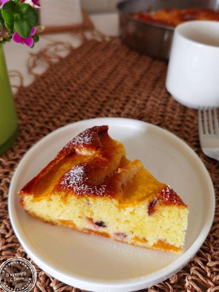 Лесен и вкусен сладкиш с праскови от https://inthebeniskitchen.com/