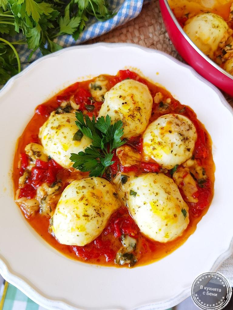 Вкусни яйца Капрезе от https://inthebeniskitchen.com/